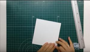 Cómo hacer una tarjeta de felicitación con desplegable